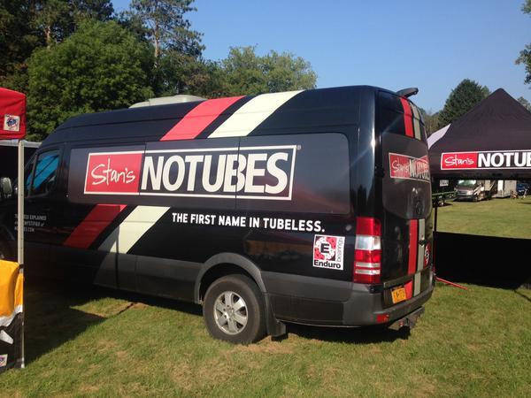 NoTubes Van
